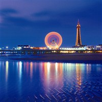 Blackpool Illuminations & Liverpool..from £285